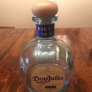 Don Julio bottle 1.75 l (liquor not included )